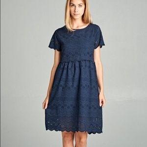 Tea n Rose Navy Eyelet Dress S